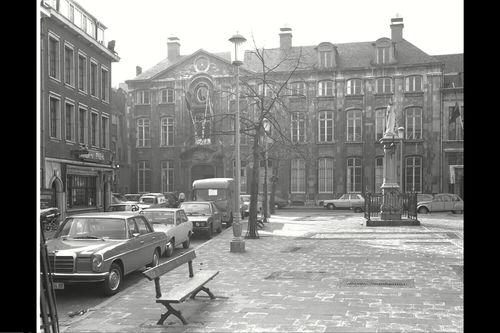 Antwerpen Vrijdagmarkt 22