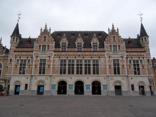 Kortrijk Schouwburgplein 14-16
