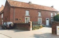 Heers Nieuwe Steenweg 126 (https://id.erfgoed.net/afbeeldingen/250073)
