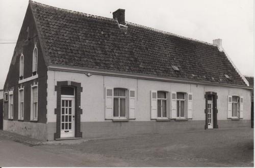 Deinze Bachte-Maria-Leerne Molenhuisstraat 9-11