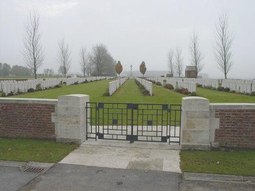 Aeroplane Cemetery: toegang
