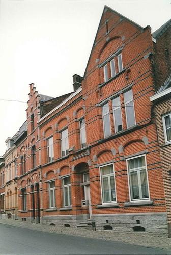 Brakel Nederbrakel Stationsstraat 37 35 33