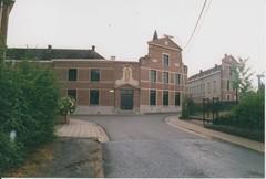 Moederhuis van de congregatie der zusters penitenten van Sint-Franciscus van Assisi van Opbrakel