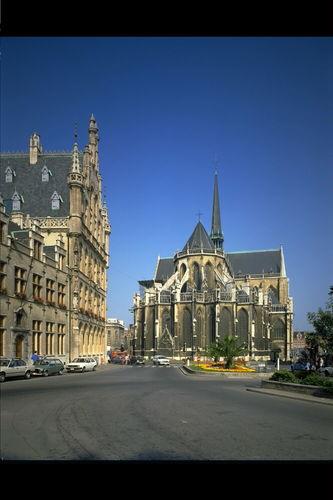 Leuven Grote Markt 5, Eikstraat 1, Rector De Somerplein 20-21, Mathieu de Layensplein zonder nummer