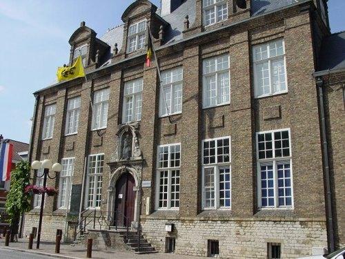 Nieuwpoort: Langestraat 89: Gedenkplaat observatiedienst artillerie: Overzicht
