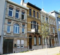Geheel van vier burgerhuizen in eclectische stijl