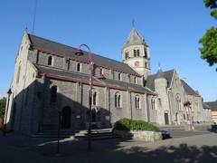 Aalter Lodorp zonder nummer Zuidwestzijde van de parochiekerk Heilig Kruis (https://id.erfgoed.net/afbeeldingen/254467)