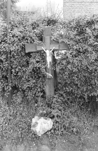Voeren Einde zonder nummer - kruis
