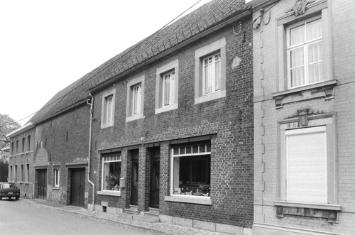 Voeren Kerkstraat 10