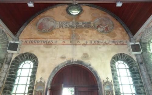 Oudenaarde Materplein zonder nummer Ingang van de Sint-Amelbergakapel