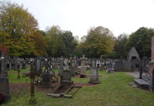 Oudenaarde Oudstrijdersstraat 111 Westzijde van het kerkhof