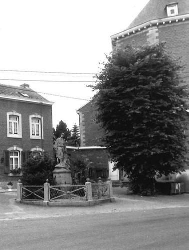 Voeren Pley monument