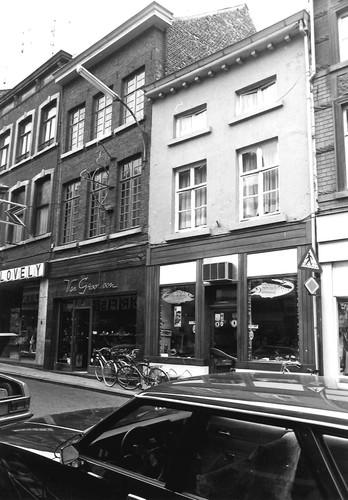 Sint-Truiden Stapelstraat 32 (links)