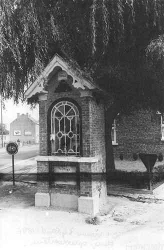 Merchtem Wolvertemsesteenweg OLV kapel