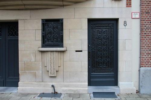 Vlaamsekunstlaan 8, voordeur en zijlicht