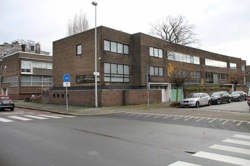 Volhardingstraat 70-76 en Camille Huysmanslaan 83