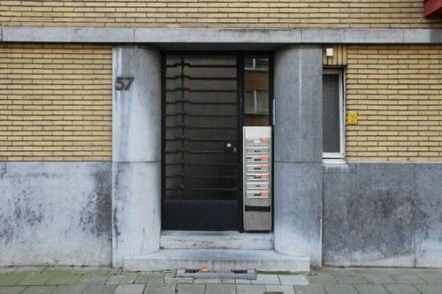 Camille Huysmanslaan 57, voordeur