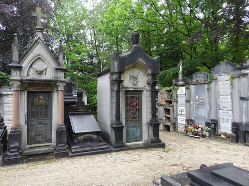 Alsemberg Kleertstraat 51, 55 begraafplaats Vorst