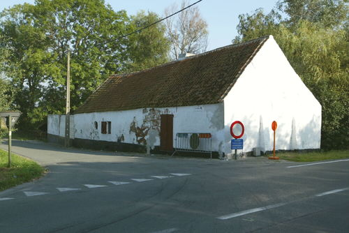 Oudenburg, Stationsstraat 2