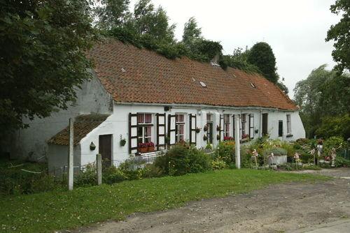 Oudenburg Vaartdijk-Noord 3 Langgestrekte hoeve