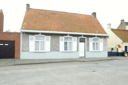 Oudenburg Dorpsstraat 136