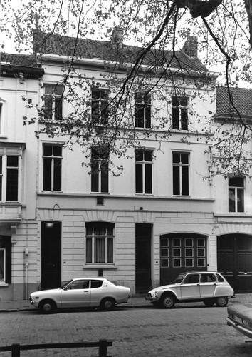 Gent Francois Benardstraat 44-46 (anno 2017 nummers 76 (gesloopt) en 78)