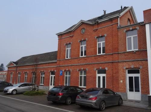 Oudenaarde Sompelplein 39 Zuidzijde van het station Leupegem