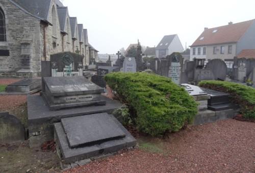 Wortegem-Petegem Petegemplein zonder nummer Kerkhof zuidzijde