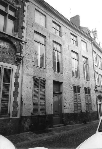 Brugge Sint-Walburgastraat 16-18, Twijnstraat 7