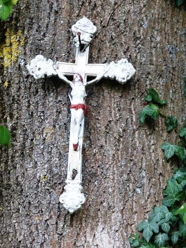 Voeren Teuven Gieveldstraat kruisboom