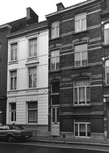 Gent Leeuwstraat 34-36 (anno 2017 nummers 48-50)