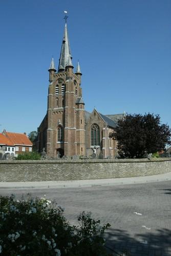 Gistel, Snaaskerke, Parochiekerk Sint-Cornelius, Dorpsstraat Zonder Nummer