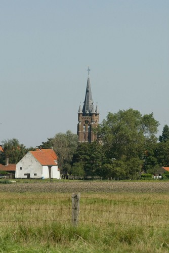 Gistel Snaaskerke Dorpsstraat zonder nummer parochiekerk Sint-Cornelius
