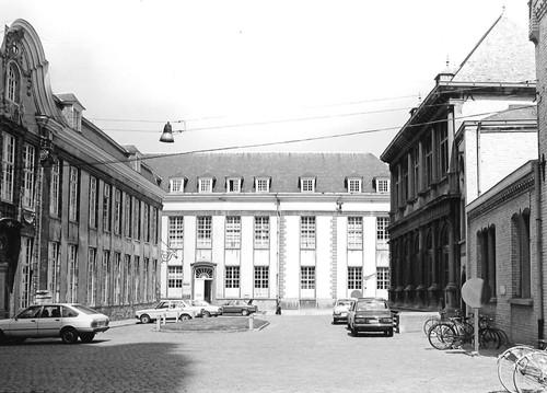 Oudenaarde Sint Walburgastraat 9 binnenkoer
