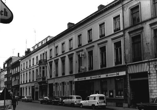 Gent Zuidstationstraat straatwand oneven