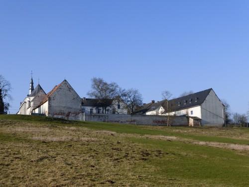 Borgloon, Kerniel, zicht op de abdij vanuit de vallei van de Kleine Herk.