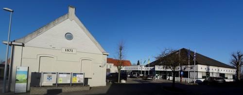 Wortegem-Petegem Waregemseweg 35 Gemeentehuis oostzijde
