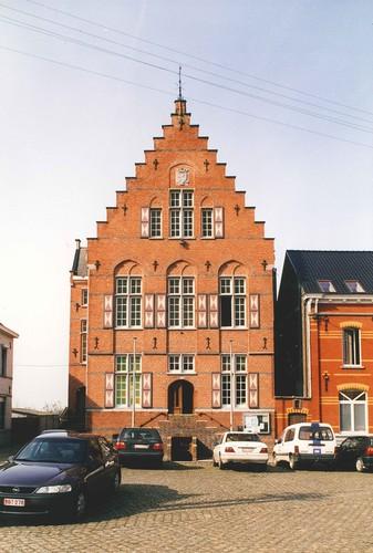 Horebeke Kerkplein 3