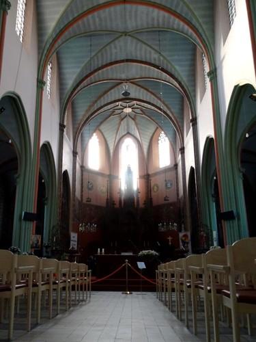 Kruishoutem Markt 25 Interieur van parochiekerk Sint-Eligius