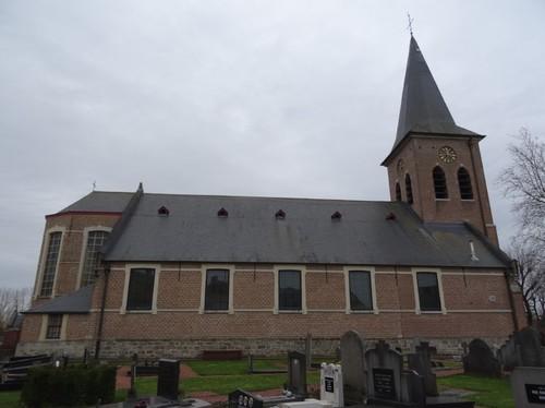 Dentergem Kerkplein zonder nummer Noordzijde van de Heilige Martinuskerk