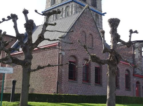 Anzegem Dorpsplein zonder nummer Sacristie van de parochiekerk Sint-Jan-Baptist en Eligius