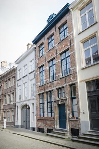 Brugge Sint-Walburgastraat 16-18