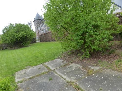 Aanleg rond het kasteel van Ordingen.
