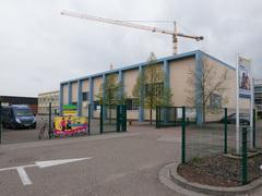 Schoolgebouw en sporthal Sint-Jan Berchmanscollege
