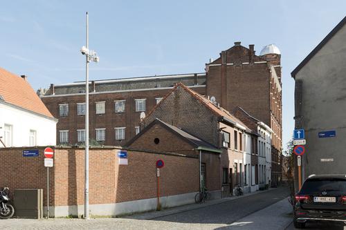 Mechelen Melaan 14-16 en Arme-Clarenstraat 17-21