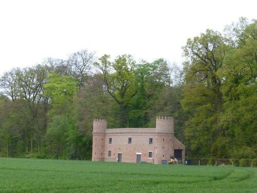 Lennik Kasteelstraat 40 schuur bij kasteel van Gaasbeek