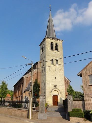 Riemst Zagerijstraat 16 Parochiekerk Sint-Hubertus
