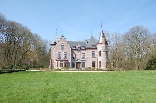 Sint-Pieters-Leeuw, Kasteel Groenenberg