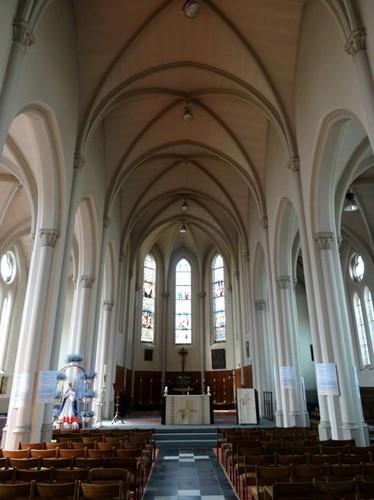 Deerlijk Kapelstraat 2 Interieur van de parochiekerk Onze-Lieve-Vrouw Onbevlekt Ontvangen en Sint-Lodewijk
