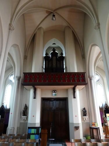 Deerlijk Kapelstraat 2 Orgel van de parochiekerk Onze-Lieve-Vrouw Onbevlekt Ontvangen en Sint-Lodewijk